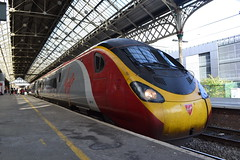 Virgin Trains Pendolino 390157 (Will Swain) Tags: preston station 27th october 2019 train trains rail railway railways transport travel uk britain vehicle vehicles england english europe transportation class north west virgin pendolino 390157 390 157