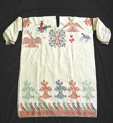 Wixarika Huichol Textiles Jalisco Shirt (Teyacapan) Tags: huichol clothing mexico jalisco camisa shirts embroidery wixarika