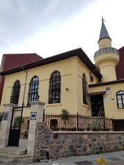 Rasim Paşa Camii (Levana Una Laitman) Tags: mosque istanbul turkey