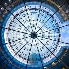 L'oeil (LouMaxx) Tags: architecture geometrie geometry bleu blue glass la defense metal rotonde sky structure windows verre place cutyscape paris modern building circle
