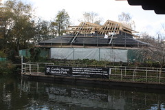 18.11.2019   (38) Regent's Canal, Canley Street Natural Park building, closed for repair. (ginann) Tags: regentscanal london canley street natural park