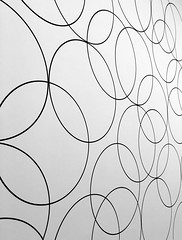 Bridget Riley at the Hayward Gallery (neil mp) Tags: bridgetriley haywardgallery opart gallery exhibition southbank southbankcentre art london monochrome bnw blackandwhite circles curves compositioncircles4 wallpainting