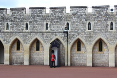 Standing on guard at Windsor Castle (pegase1972) Tags: uk england angleterre windsor soldier guard unitedkingdom