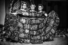Dia de los muertos #5 (drugodragodiego) Tags: castenedolo provinciadibrescia lombardia italy mexico folklore tradizioni art cultura women portrait blackandwhite blackwhite bw biancoenero pentax pentaxk1 k1 pentaxdfa2470mmf28 hdpentaxdfa2470mmf28edsdmwr
