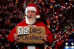 35 Days (Studio d'Xavier) Tags: werehere howmanydaystillchristmas santaclaus 35 christmas 322365