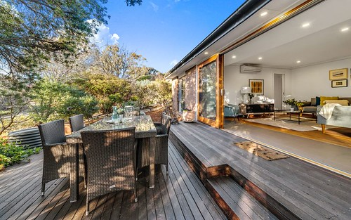 8 Dugdale Street, Cook ACT 2614