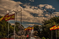 2012 AUGUST FUENTE DE CIBELES-Madrid (FRANCISCO DE BORJA SÁNCHEZ OSSORIO) Tags: flag spain españa exposure enfoque encuadre exposicion monument monumento madrid moment love light luz life lovely flechazo focus focuspoint foco framing spring shot summer streetphoto street passion photo pasión primavera verano vida view amor arrow autumn otoño instant instante invierno winter color colour composition composición colourtemperature bokeh beauty belleza nature naturaleza nice timeexposure tiempodeexposición temperaturadecolor detalle detalles detail details desenfoque disparo divertido delicado delicate dof depthoffield