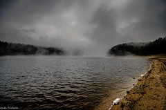 Es zieht Nebel auf (Andi Fritzsch) Tags: nikond5100 nikon sigma sigma1020mm erzgebirge oremountains talsperre dam talsperresosa damsosa nebel fog fogg foggymorning fantasticnature flickerunited flickerunitedaward
