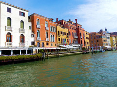 P1960634 (alainazer) Tags: venezia venise italia italie italy eau acqua water ciel cielo sky bâtiment building architecture city citta ville