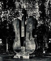 Bucharest by night #bucharest #violin #romania #beautifulromania #blackandwhite #photography (florin.nchiritescu) Tags: bucharest violin romania beautifulromania blackandwhite photography