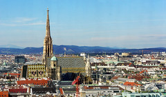 Vienna City Centre, St. Stephen's Cathedral (Stephansdom) (panoround hutter) Tags: vienna wien hutter hutterdesign art cathedral österreich austria travel travelling building panorama traveltuesday interior history historia