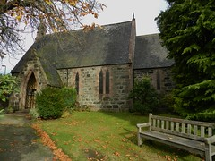 St Ternan's Church, Banchory, Aberdeenshire, Oct 2019 (allanmaciver) Tags: st ternan church banchory aberdeenshire small smart architecture trees hidden seat entrance allanmaciver