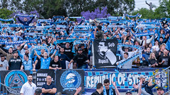 850_3438.jpg (KevinAirs) Tags: ©kevinairswwwkaozcomau nsw scarfs melbournevictory scarf thecove fans sydneyfc australia kevinairsontwitter sport scarves football bigblue soccer aleague sydney newsouthwales