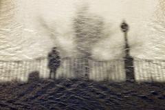 Que no te lleve la corriente (Micheo) Tags: spain corriente flow ciudad city ríogenil shadows sombras paseo