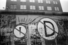 Berlin1989 (denismartin) Tags: denismartin berlin berlinwall berlinermauer berlin1989 blackandwhite noiretblanc streetphotography journalism travelphotography travel deutschland germany ddr history memories wall mist tag graffiti house