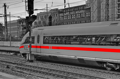 ICE HBF Essen Color Key (mmbottrop) Tags: sigma 1770 hdr colour key coulor essen ice sw bw outside intercityexpress schwarz weiss schienen schnellzug signalmast schotter hauptbahnhof zug eisenbahn hochgeschwindigkeits triebzug bahnsteig häuser blackandwhite rails express signal mast gravel central station train railroad high speed multiple unit platform houses zwart wit uitdrukkelijke seinmast grind trein spoorweg hoge snelheid huizen negro blanco raíles expreso mástil de señales grava tren ferrocarril alta velocidad unidad múltiple plataforma casas burakku no ressha tetsudō kōsoku fukusū yunitto purattofōmuka