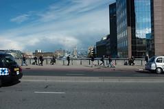 parallelität (le monde est à nous) Tags: london fuji x100 tower bridge