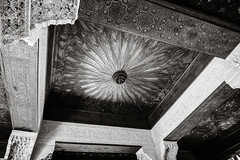 Ceiling Pattern (Poul-Werner) Tags: alhambra andalusia andalusien blackwhitephotos gislevrejser granada spain architecture bw geometry pattern travel travelbycoachorbus granadaprovince
