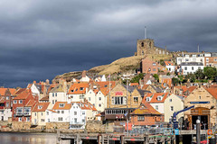 SJ2_2122 - Dark skies over Whitby (SWJuk) Tags: swjuk uk unitedkingdom gb britain england yorkshire northyorkshire yorkshirecoast coast coastal seaside church hill stmaryschurch whitby houses redrooftiles light sunlight darkclouds clouds cloudy 2019 sep2019 autumn autumnal nikon d7200 nikond7200 nikkor1755mmf28 rawnef lightroomclassiccc