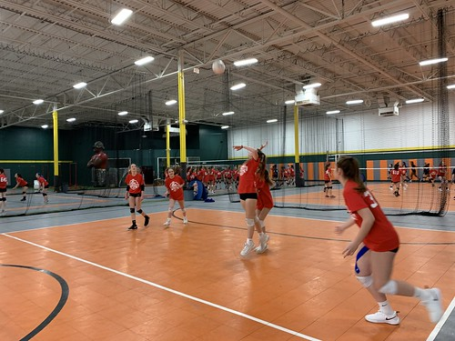 "2019 Waterford Volleyball • <a style=""font-size:0.8em;"" href=""http://www.flickr.com/photos/152979166@N07/49090336928/"" target=""_blank"">View on Flickr</a>"