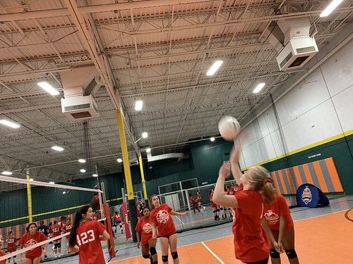 "2019 Waterford Volleyball • <a style=""font-size:0.8em;"" href=""http://www.flickr.com/photos/152979166@N07/49090340448/"" target=""_blank"">View on Flickr</a>"