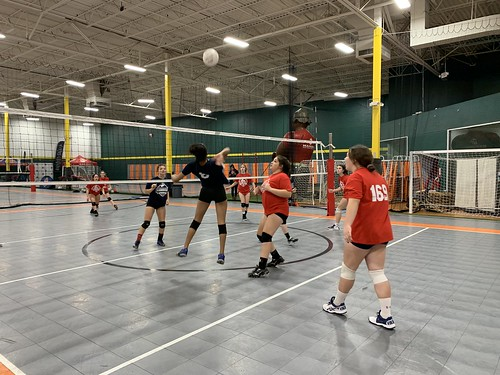 "2019 Waterford Volleyball • <a style=""font-size:0.8em;"" href=""http://www.flickr.com/photos/152979166@N07/49090341453/"" target=""_blank"">View on Flickr</a>"