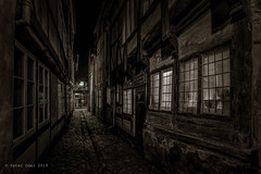 Mysterious alley in Elsinore (p_odel) Tags: streetphotography street helsingør cityscape spooky
