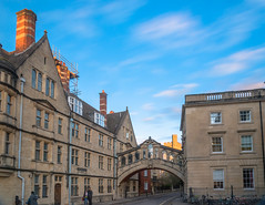 Bridge of Sighs, Oxford (Gerry Lynch/林奇格里) Tags: longexposure sunset england sky clouds afternoon harrypotter oxford oxfordshire goldenhour oxfordcolleges oxbridgecolleges 日落 云 天空 天 英国 哈利波特 下午 牛津 牛津大学 长时间曝光 黄金小时 winter 冬天