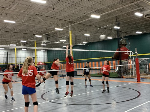 "2019 Waterford Volleyball • <a style=""font-size:0.8em;"" href=""http://www.flickr.com/photos/152979166@N07/49090854436/"" target=""_blank"">View on Flickr</a>"