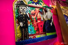 El diablo en el espejo (hapePHOTOGRAPHIX) Tags: 484mex américadelnorte architektur ciudaddeméxico coyoacán distritofederal event farbenfroh laciudaddeméxico mexico mexicocity mexiko mexikostadt méxico nordamerika northamerica ricohgriii tagdertoten tradition braun dayofthedeads diadelosmuertos dsplyys hapephotographix