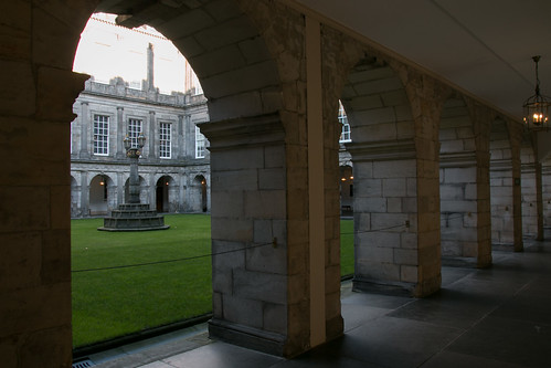 Palace of Holyrood - Inner Courtyard  7