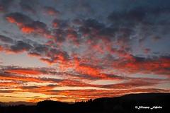 Quando il cuore riesce a toccare il cielo.. lo fa arrossire.. (silvano fabris) Tags: canonphotography nature natura landscape sunset paesaggio tramonto cielo