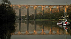 le jour se lève sur le viaduc de port-launay (eric-foto) Tags: pennarbed nikond800 portlaunay finistère reflets pont viaduc architecture bretagne breizh bzh brittany