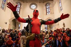 MARVELous people (Gabi Breitenbach) Tags: comics crowd groupphoto makeup dressedup fun event church cosplay spiderman batman marvelpictures marvel cosplayer luccacomics lucca