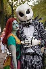 Nightmare before Christmas characters at the Lucca Comics 2019 (Gabi Breitenbach) Tags: nightmarebeforechristmas luceskellington timburton luccacomics lucca luccacomicsandgames lucca2019 cosplayer cosplayers skull scary spooky christmas nightmare canon canonphotography makeupartist makeup luccacosplayer sad greenface
