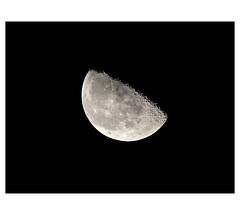 AR1905446-B (-AR-) Tags: maan moon licht light astronomie astronomy maansopgang moonrise avond evening nacht night hemel sky nachtelijkehemel nightsky opkomst montesapennines kraters craters bergen mountains hemellichaam