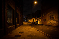 London (torivonglory) Tags: london england vereinigteskönigreich walk stroll spaziergang night dark fall autumn city urban street streetphotography abandonedplaces abandoned raw canon 6d impressions snapshots