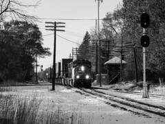 Quaint winter scene @ Holly, Michigan (Joseph Trepasso) Tags: trains railroads railfans sd70i hollymichigan l514 interlockingtower r2 uss grandtrunkwestern gtw canadiannational cn