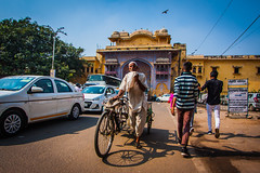 Jaipur - Pink City (Chas Pope 朴才思) Tags: 1022mm 2019 india jaipur pinkcity rajasthan rickshaw