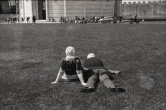 Piazza dei Miracoli, aprile 2019 (Ciaa08) Tags: nikonfm2 film filmcamera vintage bw biancoenero 35mm pisa lemiefotofannoschifo analog