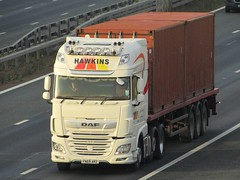Hawkins Logistics, DAF-XF (FN69ARZ) On The A1M Southbound (Gary Chatterton 8 million Views) Tags: hawkinslogistics daftrucks dafxf fn69arz shippingcontainer trucking wagon lorry haulage distribution logistics transport flickr canonpowershotsx430 photography