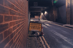London (torivonglory) Tags: walk stroll spaziergang night dark fall autumn city urban street streetphotography london england vereinigteskönigreich abandonedplaces abandoned raw canon 6d impressions snapshots
