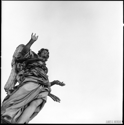 Angel with the Nails: Aspicient ad me quem confixeru