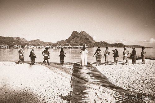 Tahitian Wedding Scenes