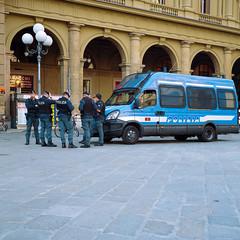 Firenze Polizia (Scott Micciche) Tags: 75mm kodak believeinfilm firenze madewithkodak portra800 rolleiflex sixbysix toscana