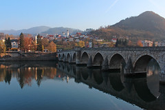 Mehmed Paša Sokolović Bridge - Višegrad, Bosnia and Herzegovina (russ david) Tags: mehmed paša sokolović bridge most mehmedpaše sokolovića мост мехмедпаше соколовића sokollu mehmet paşa köprüsü drina river višegrad вишеград republika srpska bosnia herzegovina bih architecture travel visegrad balkans november 2018 bosna hercegovina боснa и херцеговина бих