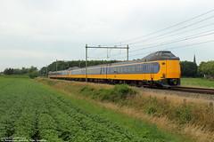 NS ICMm 4030 & 4203 - Zegge 16-06-2018. (Reizigerstreinen & trams) Tags: 3640 zwolle roosendaal zegge ic intercity 4030 4203 koploper icmm trein train zug rail noordbrabant netherlands holland ns nederlandse spoorwegen dutch railways