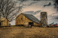 Ageing Gracefully (James Korringa) Tags: barn old farm michigan fall winter countryside country rural