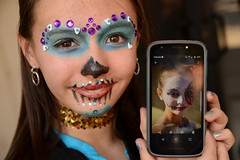 Gracing the album once again (radargeek) Tags: dayofthedead plazadistrict oklahomacity oklahoma 2019 november dance facepaint portrait skull butterfly cellphone okc