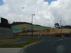 20191120-123141 (LSJHerbert) Tags: auckland geo:lat=3659284200 geo:lon=17467158500 geotagged newzealand nzl 20191120wtk millwater orewa viewranger construction housingdevelopment vehicle